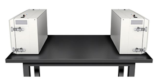 製品写真:卓上作業に適した、持ち運べるオープンクリーンベンチ 「テーブルコーチ」